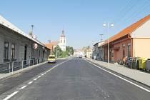 Průtah Meziříčím je hotový, silnice je opět průjezdná.