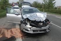 Nehoda u Čestic si vyžádala zranění