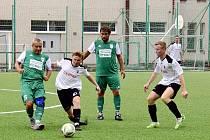O víkendu se v amatérském fotbale znovu budou hrát zápasy.