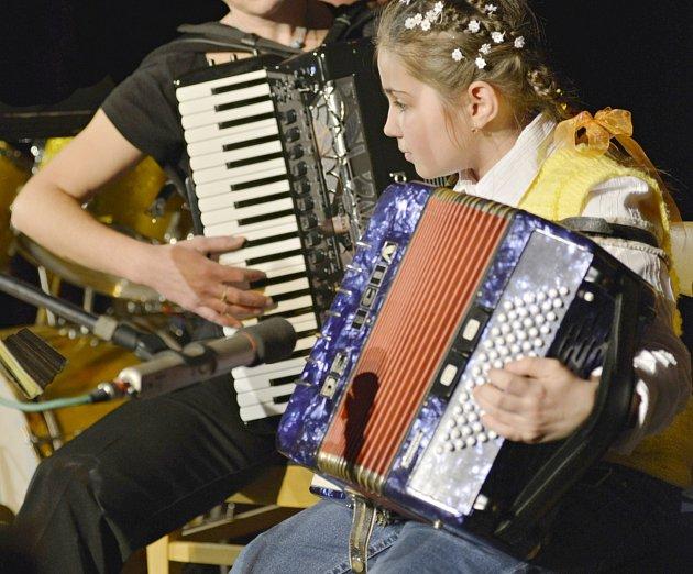 Harmonikáři na Rabštejně