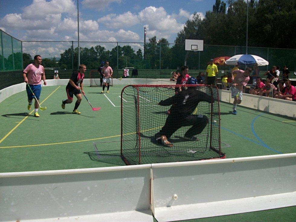 Pořadatele prvního ročníku turnaje Dobruška Open Air překvapila účast. Přijelo 44 týmů