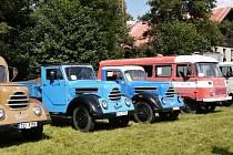 Sraz historických vozů koncernu IFA v Potštejně