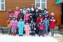 Obří slalom není cizí ani předškolákům