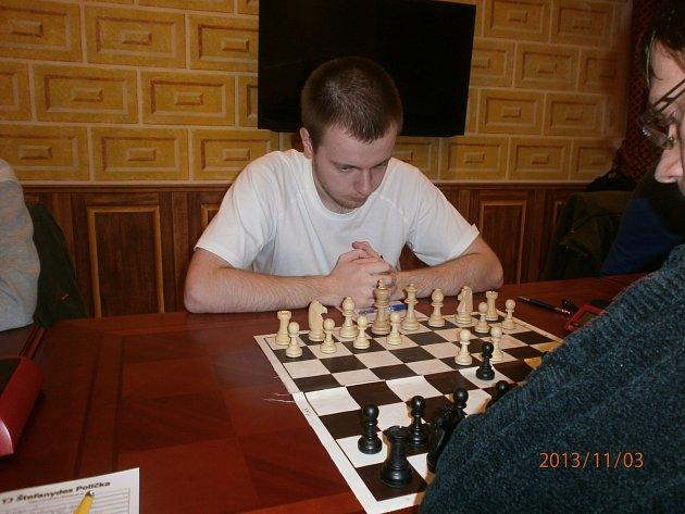 NOVÁČEK rychnovského A-týmu Piotr Sabuk je studentem wroclawské university.