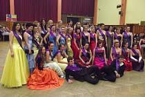 Režie plesu se tradičně ujali sami studenti
