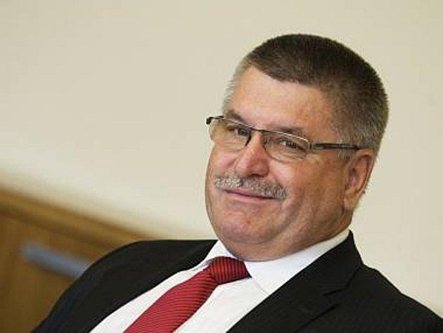 ŘEDITEL zdravotnického holdingu, který řídí krajské nemocnice,  Jiří Skřivánek.