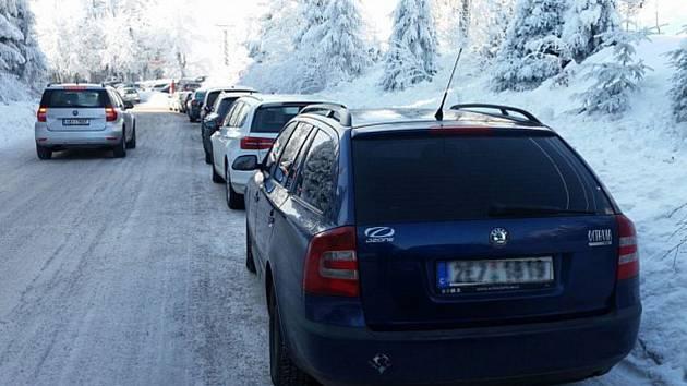 Orlickým horám by od aut mohla ulevit kyvadlová autobusová doprava.