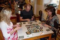 BYL TO ŠRUMEC. Byť se u strategické hry Dominion sedí u stolu a prim hrají kartičky, hráči se u toho pořádně zapotili. Zvítězit nebylo vůbec jednoduché.