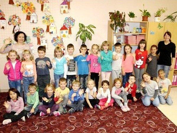 Základní škola Rokytnice vOrlických horách - žáci 1.třídy.