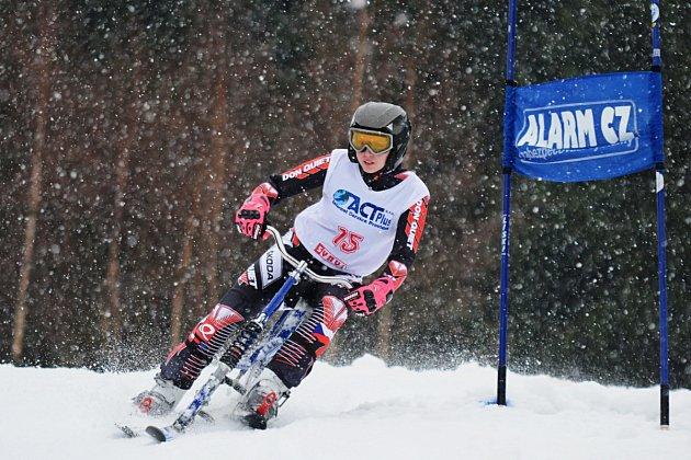 DVA TITULY mistryně České republiky vybojovala v Jablonci nad Jizerou Gabriela Jašková ze Skibob klubu Dobruška, když byla nejrychlejší v obřím slalomu a super obřím slalomu.