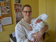 TADEÁŠ SVOBODA  se narodil 14. května v 1:05 manželům Janě a Tomášovi Svobodovým ze Semechnice. Tatínek byl statečný a při porodu maminku podporoval.
