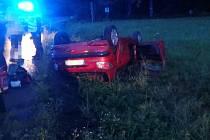 Havárie osobního automobilu ve žďárské části Chotiv.