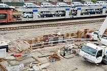 Práce na týnišťském nádraží z ptačí perspektivy