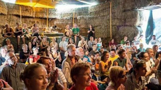 Festival Menteatrál v Neratově.