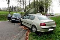Dopravní nehoda dvou osobních automobilů u Rokytnice v Orlických horách.