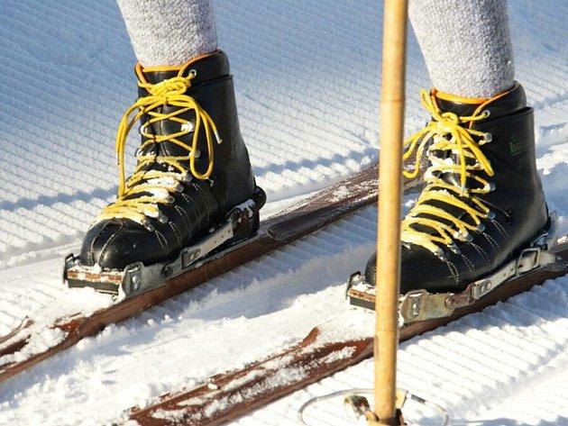 Historické lyže