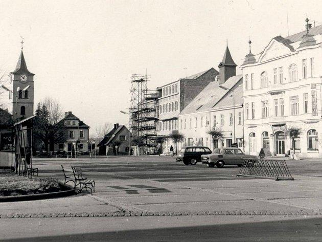 Jak jsme žili v Československu: Týniště nad Orlicí.