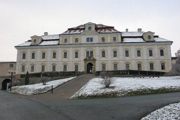 Zámek v Rychnově nad Kněžnou.