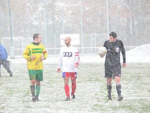 Z fotbalového utkání Týniště nad Orlicí - Rychnov nad Kněžnou