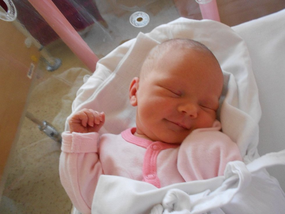 VANDA FRYDRYCHOVÁ se narodila manželům Valentýně a Dušanovi Frydrychovým z Rychnova nad Kněžnou 14. prosince 2018 v 6.12 hodin s váhou 3100 g a délkou 49 cm. Doma se těší z miminka bratříček Dominik.