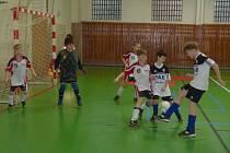 ZÁVĚREČNÝ TURNAJ v Opočně nabídl napínavé zápasy s řadou pěkných akcí a osobních soubojů.