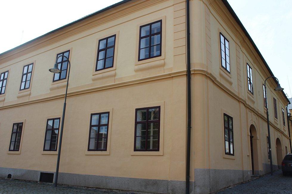 Budova bývalého soudu v Opočně.