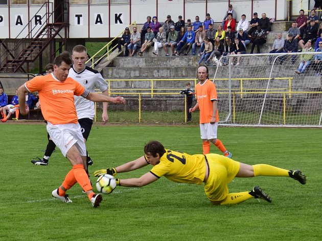 Krajský přebor ve fotbale: FC Spartak Rychnov nad Kněžnou - FK Kostelec nad Orlicí.