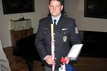 Dárci krve za 80 bezpříspěvkových odběrů převzali v prostorách rychnovského Kolowratského zámku Zlaté kříže III. stupně.