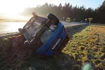 Řidiče potrápila ledovka.