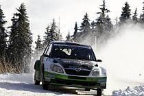 OBTÍŽNÉ PODMÍNKY čekaly na jezdce na zasněžených tratích v Rakousku. S náročnými podmínkami se nejlépe vypořádal Jan Kopecký, startující s vozem Škoda Fabia S2000