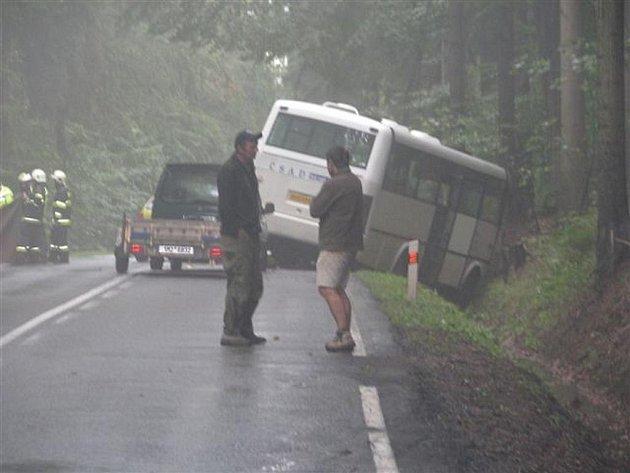 Tragédií skončila dopravní nehoda, k níž došlo ve středu 7. září krátce před čtvrtou hodinou odpoledne mezi Vamberkem a Rybnou nad Zdobnicí.