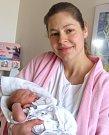 BARBORA ČERNOHOUSOVÁ se Daně a Jiřímu z Týniště nad Orlicí narodila 6. března v 8.52 hodin. Vážila 3 450 g a měřila 51 cm. I Barborka je prvním miminkem v rodině a tatínek ji u porodu přivítal statečně a jako velký pomocník.