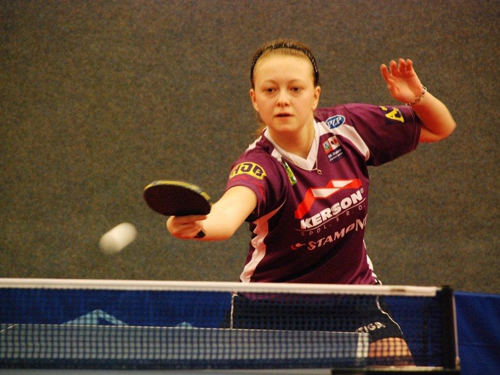 TŘETÍ MÍSTO vybojovala doberská juniorka Daniela Rozínková na úvodním republikovém turnaji v Praze.