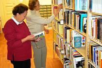 Knihovny lákají nejen ke čtení, ale i na sladkosti