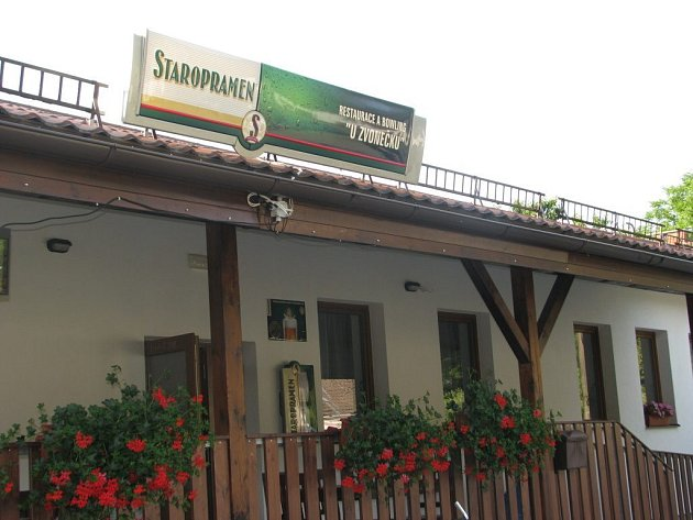 Restaurace a Bowling U Zvonečku.