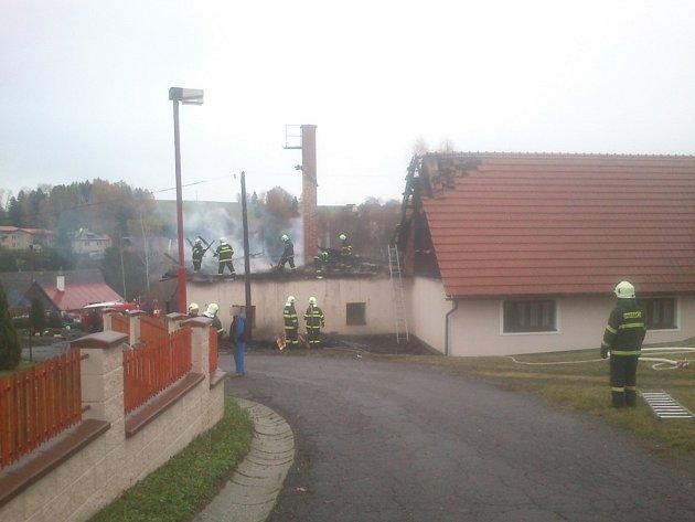 Požár zámečnické dílny v Pěčíně