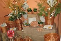 Přípravy na jubilejní 10.výstavu Velikonoce - svátky jara, která v pátek začíná v Častolovicích.
