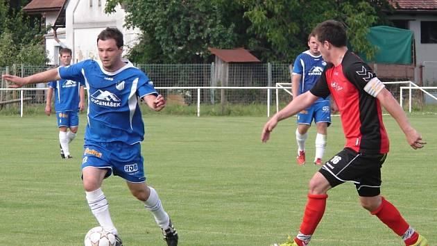 Tři góly vstřelil v závěrečném utkání sezony v Broumově týnišťský kanonýr Martin Merganc.