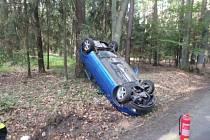Havárie osobního automobilu v Albrechticích nad Orlicí.