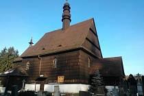 KOSTEL SVATÉHO PETRA A PAVLA v Liberku byl navrhnut mezi národní kulturní památky.