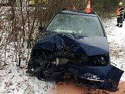 Havárie osobního automobilu u Týniště nad Orlicí.