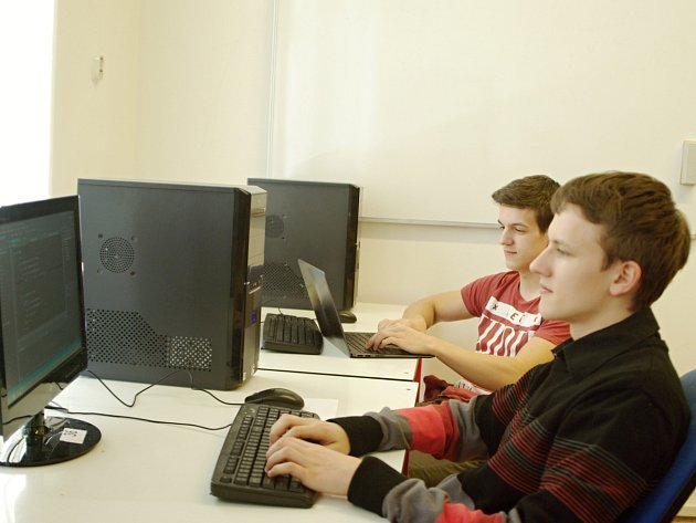 Olympiádě v programování vládli žáci akademie