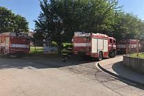 Za požár v Dobrušce mohla nejspíš technická závada. Škoda dosáhla 180 tisíc
