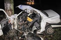 Tragická nehoda u Rychnova nad Kněžnou, řidič zranění podlehl.