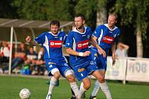 OPORA. Zkušený defenzivní hráč Jan Plašil (uprostřed) patří k základním pilířům týmu Týniště nad Orlicí, který dnes nastoupí v domácím prostředí proti Kratonohám.