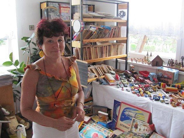Autorka výstavy knihovnice Věra Zaňková