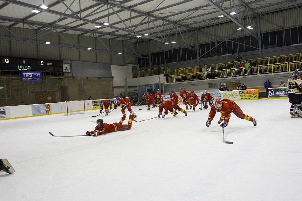 Hokejové utkání Opočno - Nový Bydžov.