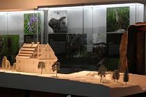 Expozice o architektuře Orlických hor v rokytnické Galerii Sýpka.