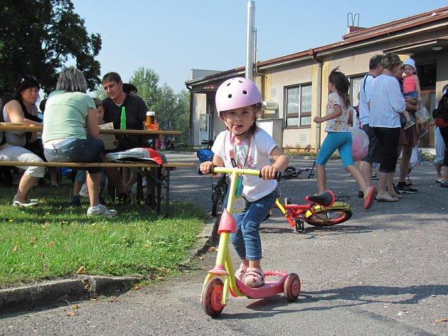 Solnickému loučení s létem dominovala dětská koloběžkiáda