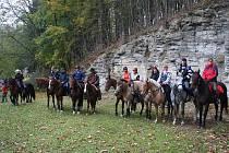 Ukončení jezdecké sezony proběhlo v Rokytnici ve znamení zábavných a napínavých soutěží.